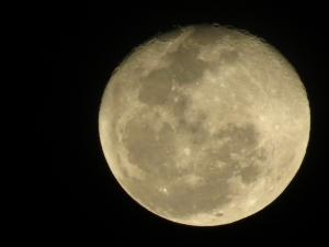 1380855_moon_2