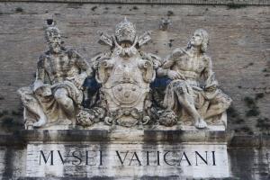 1278419_italy_-_roma_-_vatican_1